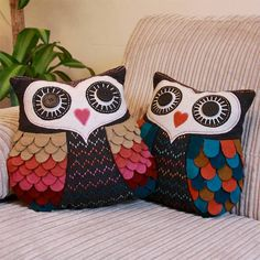 vintage inspired felt owl cushion by lisa angel homeware and gifts… Owl Sewing, Sewing Crafts, Sewing Projects, Owl Patterns, Sewing Patterns, Owl Cushion, Owl Fabric, Felt Owls, Vintage Owl