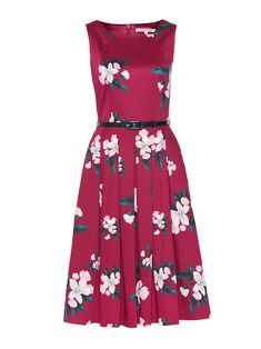 Church Dresses, Day Dresses, Dress Outfits, Summer Dresses, Raspberry Color, Review Dresses, Black Belt, School Outfits, Wardrobes