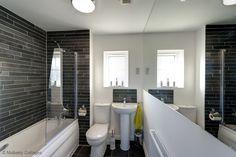 Contemporary 'hotel style' bathroom