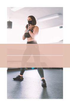 No necesitas ir al gimnasio para tener los brazos tonificados. Haz esta rutina corta en casa. Solo necesitas un par de mancuernas ejercicios con // ejercicios para brazos // rutina de brazos en casa con// rutina brazos mujer Arm Workouts, Fitness Exercises, Toned Arms, Beginner Exercise, Cufflinks, Tone It Up