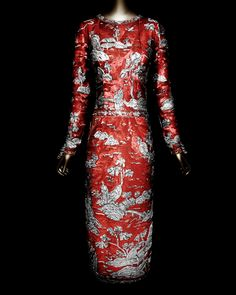 House of CHANEL (French, founded 1913). Karl Lagerfeld (French, born Hamburg, 1938). House of Lesage (founded 1922). Evening dress, autumn/winter 1996–97 haute couture. Dress of red silk organza embroidered with red, gold, and silver plastic sequins, and gold beads. Courtesy of Collection CHANEL, Paris | Photography © Platon #ChinaLookingGlass #AsianArt100