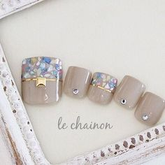 You don't need to choose the same nail art patterns over and over again. Pretty Toe Nails, Cute Toe Nails, Love Nails, Pedicure Designs, Toe Nail Designs, Feet Nail Design, Spring Nail Trends, Japanese Nail Art, Manicure Y Pedicure