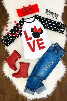 Your little princess will look absolutely adorable in this Minnie Mouse Love shirt. Perfect for Valentines Day or just an everyday wear. This shirt is made of cotton, is super comfy, and has ruffle sleeves. (This listing includes just the shirt) Complete the look: Necklace: