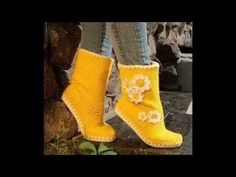 How to do the Knit Stitch-Free Crochet pattern ~ Free Patterns Crochet Video, Hand Crochet, Crochet Baby, Free Crochet, Knit Crochet, Crochet Slipper Boots, Crochet Slippers, Knit Boots, Crochet Accessories