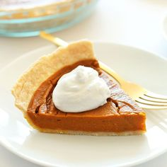 Simple, 10 ingredient Vegan Gluten Free Pumpkin Pie! Crispy crust, flavorful filling, and seriously perfect!