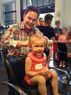 When it comes to styling hair, few dads are naturals. These salons are showing them the ropes.