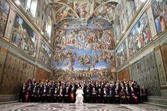 A Capela Sistina, obra de arte do Renascimento, revela todos os detalhes graças a um trabalho fotográfico inédito, anunciaram os museus do Vaticano.