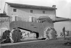 Obice 305/17 howitzer on the Italian Front (November 1917) [750 x 518] - Imgur