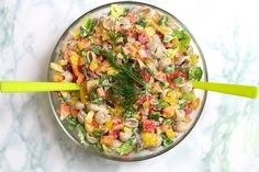 dietetyczna sałatka makaronowa
