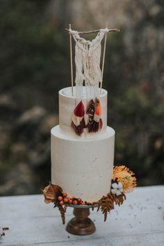 wild-wedding-inspiration-in-portuguese-castle-ruins-my-fancy-wedding-3