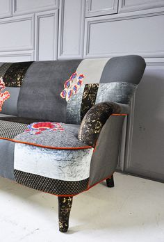 gray & brown patchwork sofa Patchwork Sofa, Washington Houses, Chair Makeover, Brown And Grey, Gray, Slipcovers, Diy Home Decor, Family Room, Upholstery