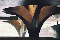 Life according to the golden section Amazing Architecture, Contemporary Architecture, Art And Architecture, Architecture Details, Brutalist Buildings, Paulistano, Bridge Design, Futuristic City, Construction