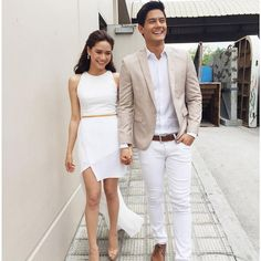 11 Pinoy celebs in a relationship with foreigners Couple Outfits, Japanese Models, Celebs, Celebrities, Pinoy, Style Guides, Actors & Actresses, White Jeans, What To Wear