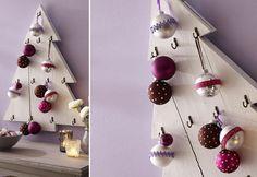 Un árbol de Navidad de madera