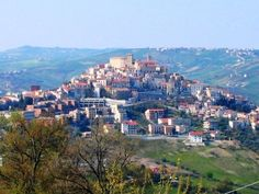 ABRUZZO - an area where the past and present, the sky and sea, business and pleasure all collide to create a spectacular experience that visitors rarely find anywhere else.   Is #Abruzzo on your bucket list of must-see places in Italy? #visitAbruzzo