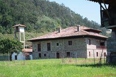 El palacio de Bueño. Casona tipica de Asturias.