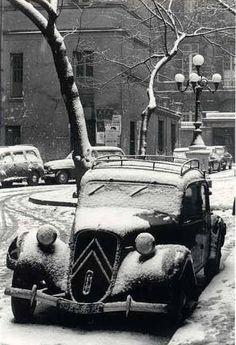 Place de Furstemberg/Paris en hiver 1956 -  Maurice Bonnel