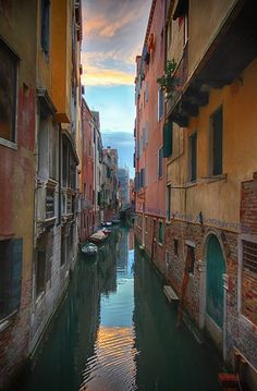Venice canal by Lewis Outing on 500px