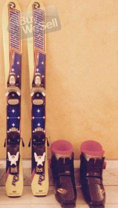 Jag säljer mina Skidor 90 cm. De är i utmärkt skick, sällan, inga repor.