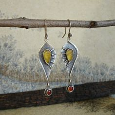 RIVENDELL -  Aile du soleil - silver earrings with amber and carnelian
