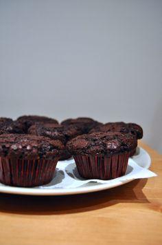 Muffin vegani al cioccolato e semi di lino