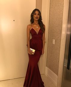 Sexy Mermaid Burgundy Prom Dress,V-neck Long Prom Dresses CR 4922 Elegant Dresses, Pretty Dresses, Sexy Dresses, Beautiful Dresses, Casual Dresses, Formal Dresses, Zeina, Vestidos Sexy, Gala Dresses