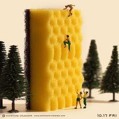""". 10.17 fri """"Sponge Climbing"""" . 「この短時間で上まで登れるようになるとは、まるでスポンジのような吸収の速さだな。」 ."""