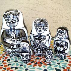 Day of the Dead Nesting Dolls Hand Painted Black and White Folk Art Ceramic Calaveras Dia De Los Muertos Skully Dog Cat Guitar Made to Order de sewZinski en Etsy https://www.etsy.com/es/listing/193665971/day-of-the-dead-nesting-dolls-hand