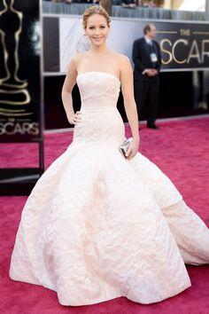 Elegância total! Os melhores vestidos do Oscar em todos os tempos