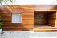 Botti store by Suite Architects, São Paulo – Brasil Design Furniture, Garage Doors, Outdoor Decor, Pictures, Retail Design, Visual Merchandising, Store Design, Gallery, Architects