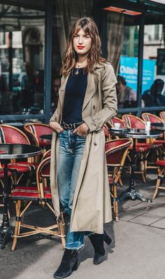 Le Fashion: See Jeanne Damas' Parisian Take On The Trench Coat Street Style Trends, Looks Street Style, Looks Style, Street Styles, Jeanne Damas, Parisienne Chic, French Girl Style, French Girls, Dress Like A Parisian