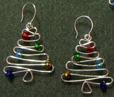 http://www.jewelrylessons.com/tutorial/christmas-tree-earrings