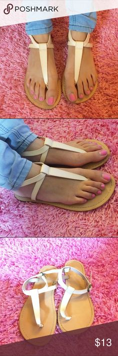 ❗️ONE DAY SALE❗️Nude Strap Sandals Perfect for summertime! NWOT. Price is firm. No trades. Old Navy Shoes Sandals