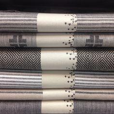 Timeless tablecloths from Växbo Lin. 100% linen. www.vaxbolin.se