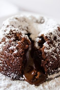 Female Foodie Cooks: Chocolate Lava Cakes