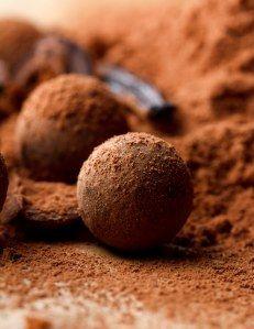 Truffes au chocolat sans beurre : Recette de Truffes au chocolat sans beurre - Marmiton