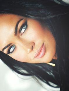 Megan Fox, her makeup is gorgeus