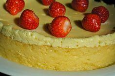 Jauhoton taikina : gluteeniton. Tästä blogista löytyy muitakin hyviä ohjeita ruoka-allergikoille.