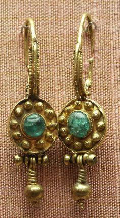earrings, gold, Byzantine by Atelier Sol Byzantine Gold, Byzantine Jewelry, Renaissance Jewelry, Medieval Jewelry, Ancient Jewelry, Antique Jewelry, Vintage Jewelry, Wiccan Jewelry, Antique Rings