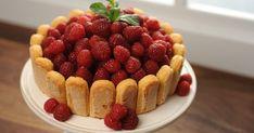 Découvrez cette recette de Charlotte au chocolat et aux framboises pour 4 personnes, vous adorerez! Dessert Original, Raspberry, Caramel, Cheesecake, Deserts, Sweets, Fruit, Juliette, Food