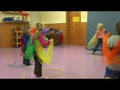 Der Herbst ist da - Eine Klanggeschichte für das musikalische Erzähltheater in einem Kamishibai - YouTube