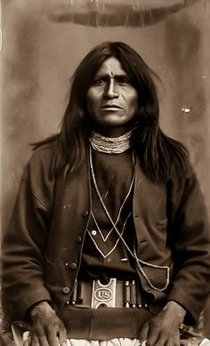 Yuma Apache Scout Jock 1886 Native American Images, Native American Symbols, Native American Beauty, Native American History, Native American Indians, Native Americans, Apache Indian, Native Indian, Indian Pictures