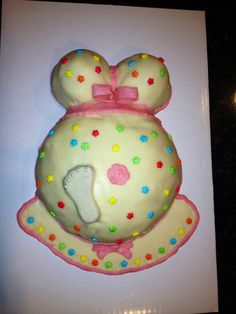 Mother to be    baby shower
