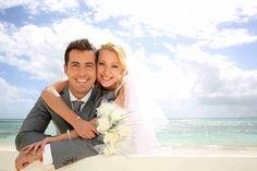 Exchanging Vows: Wedding Planning Tips And Tricks - http://elite-weddingplanner.com/wedding/exchanging-vows-wedding-planning-tips-and-tricks/