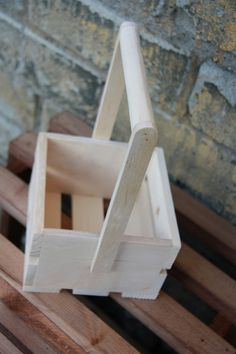 Popsicle Stick Crafts, Popsicle Sticks, Craft Stick Crafts, 2x4 Crafts, Wood Basket, Farm Art, Got Wood, Cnc Projects, Toolbox