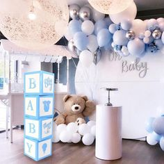 Baby Shower Table Decorations, 1st Birthday Decorations, Baby Shower Centerpieces, Teddy Bear Baby Shower, Baby Boy Shower, Baby Shower Balloons, Baby Shower Themes, Juegos Baby Shower Niño, Balloon Box