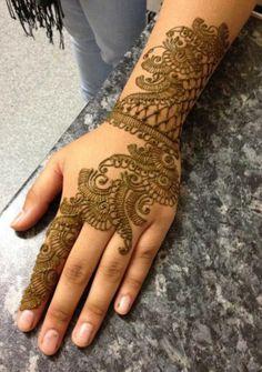 Latest Mehandi Designs and Patterns - 2013
