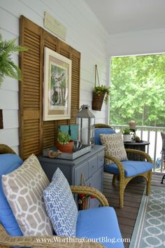Screened Deck Screened In Porch Ideas With Stunning Design Concept . Simple And Cheap Screened In Porch Decorating Ideas. Back Porch Ideas That Will Add Value Appeal To Your Home . Home and Family Porch Wall Decor, Diy Porch, Home Decor, Porch Ideas, Screen Porch Decorating, Patio Ideas, Diy Patio, Backyard Ideas, Outdoor Rooms