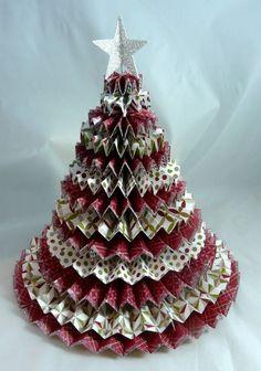 Paper Christmas tree from pinwheels