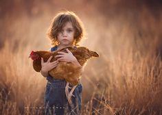 Elliott & His Hen - Children Photography by Lisa Holloway  <3 <3